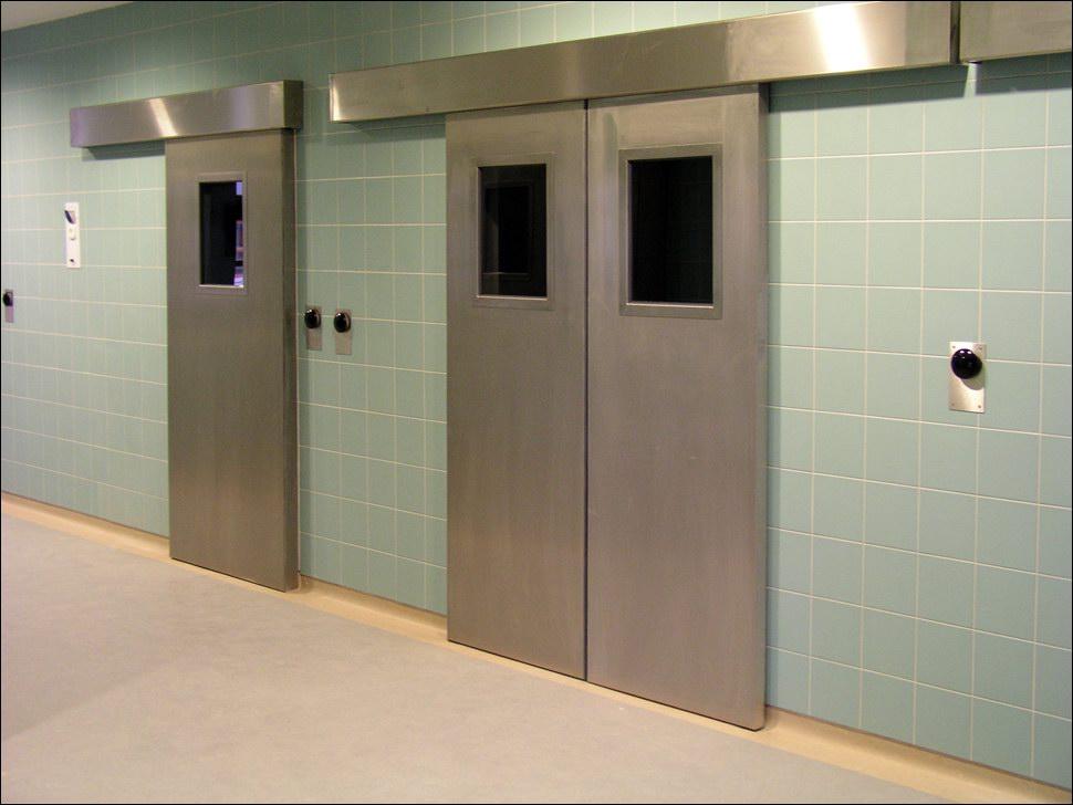 Kórházi automatikus ajtó rozsdamentes kivitelben is
