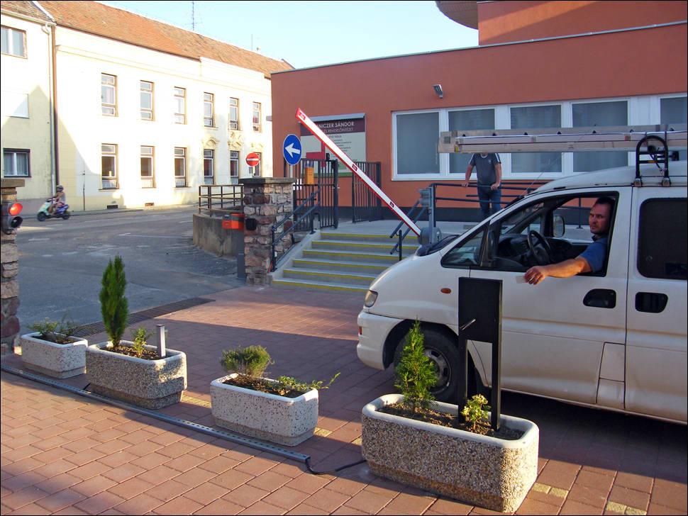 DITEC sorompó és fizető parkoló rendszer a LUMNICZER SÁNDOR kórházban Kapuváron